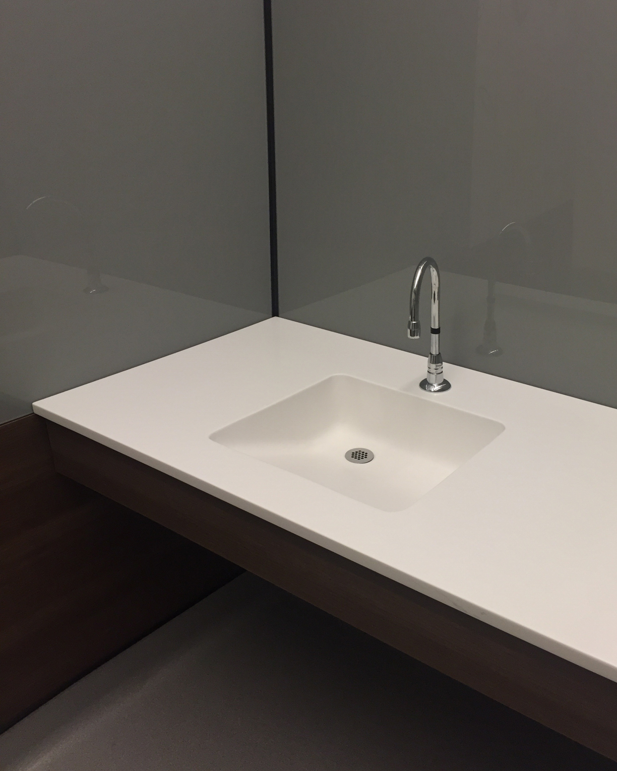 Futrus solutions with corian design ada sinks for Corian sink accessories